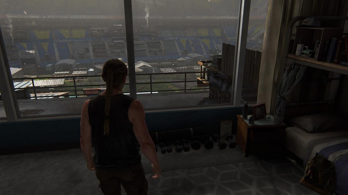 Эбби у себя в комнате / скриншот