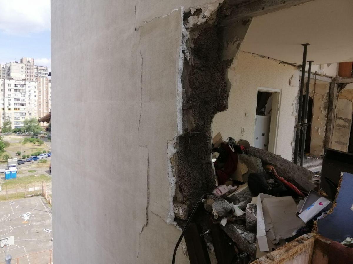 Взрыв «обнажил» квартиры, сорвал балконы, убрал перегородки / Фото УНИАН