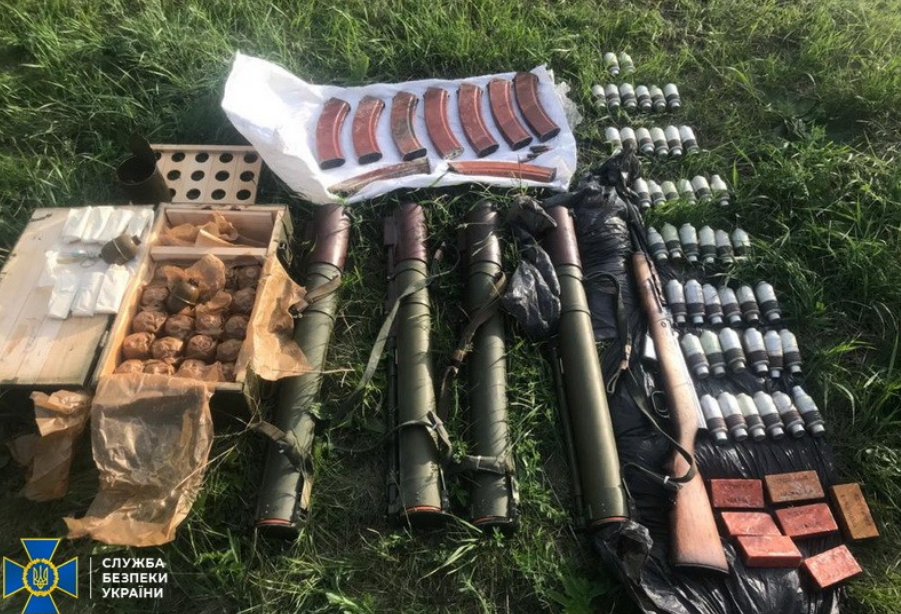 Наиболее распространенным огнестрельным оружием в незаконном обороте являются пистолеты и револьверы \ ssu.gov.ua