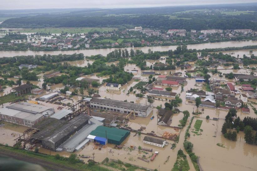 Від повені постраждали понад 120 мостів / фото Урядовий портал