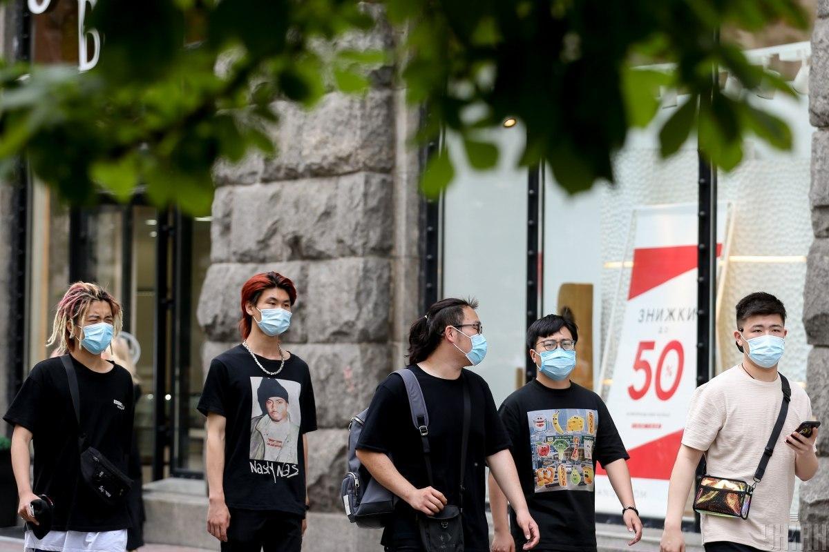 На сегодня в столице уже 7800 подтвержденных случаев заболевания COVID-19 / фото УНИАН