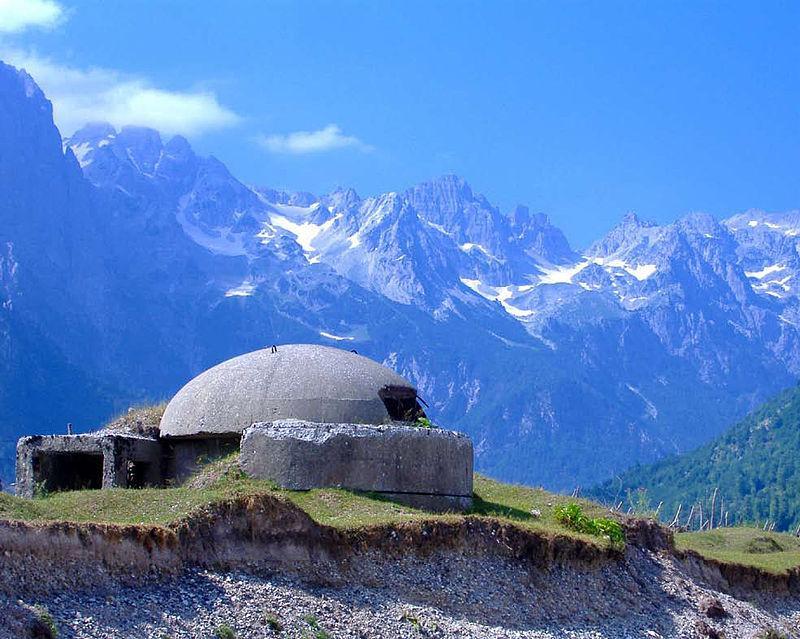 Албанія буває різною / фото en.wikipedia.org
