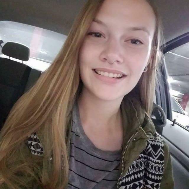 Фото девушки, подарившей внешность Эбби появились на Reddit, однако их быстро удалили / reddit.com