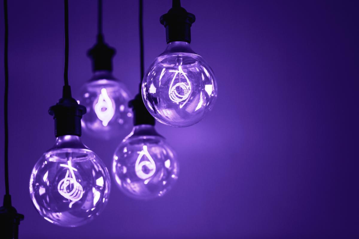 Ультрафиолетовые лампы убивают коронавирус / фото ua.depositphotos.com