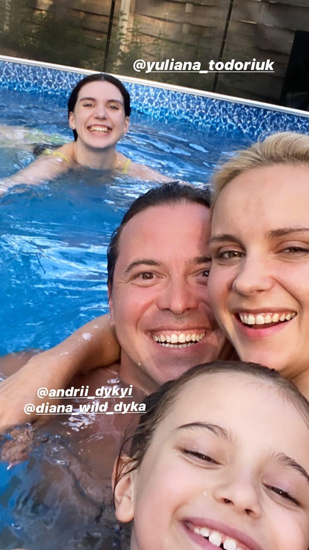 Ребрик показала свою сім'ю / фото instagram.com/liliia.rebrik