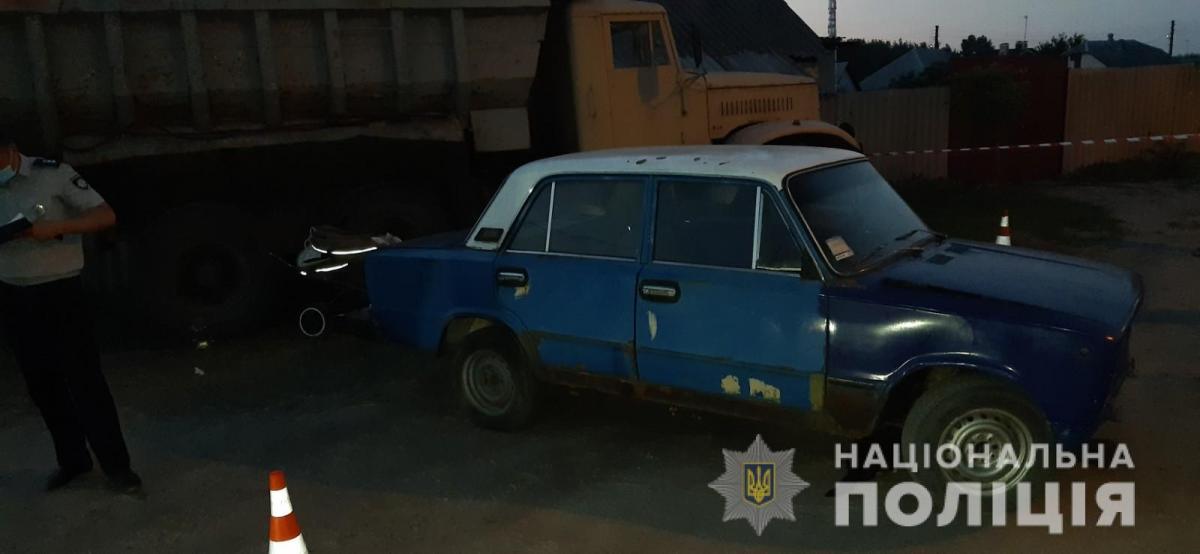 В Харькове авто раздавило коляску с ребенком / hk.npu.gov.ua