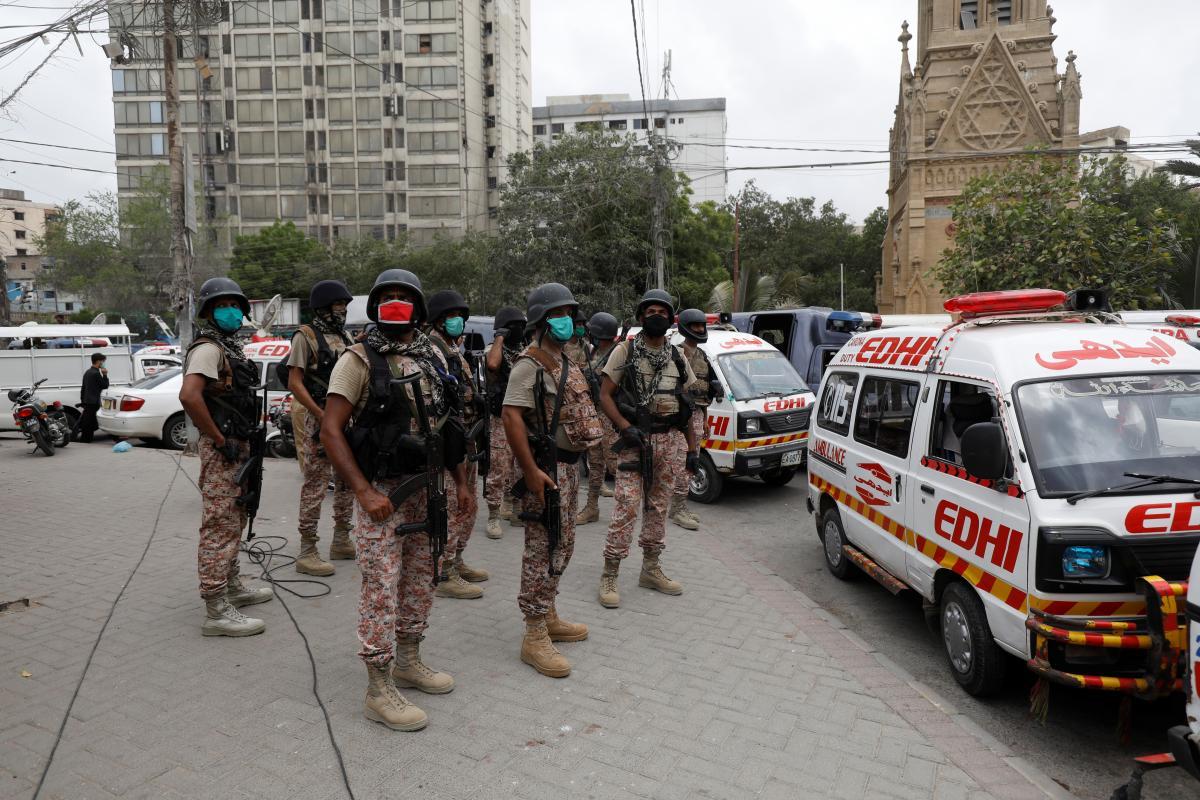 """Напередодні в Пакистані було заборонено вкрай правий ісламістський рух """"Техрік-і-Лаббайк Пакистан"""" / Ілюстрація REUTERS"""
