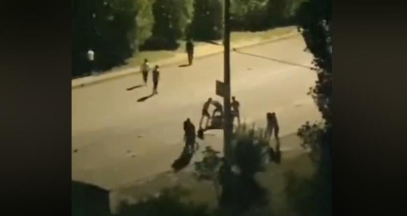 Масова бійка сталася в Миколаєві / скріншот відео