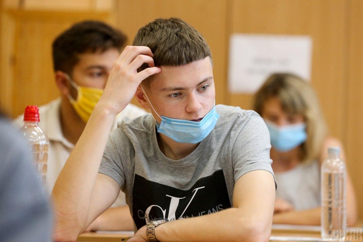 В Украине состоялось ВНО по физике / фото УНИАН