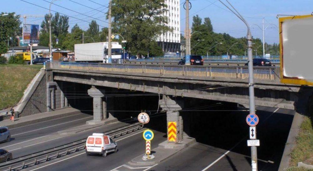 """Мост на """"Берестейской"""" - Киевавтодор провел ремонтные работы — УНИАН"""