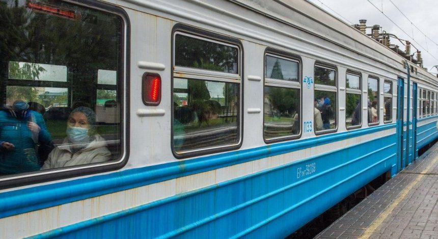 """""""Укрзалізниця"""" до кінця року поверне 60 тисяч залізничників на повний робочий тиждень"""