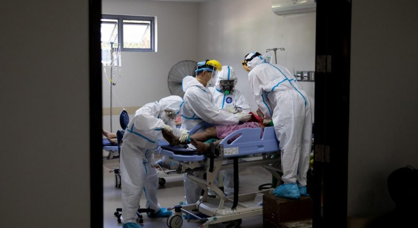 В Украине каждый пятый пациент с коронавирусом попадает в реанимацию