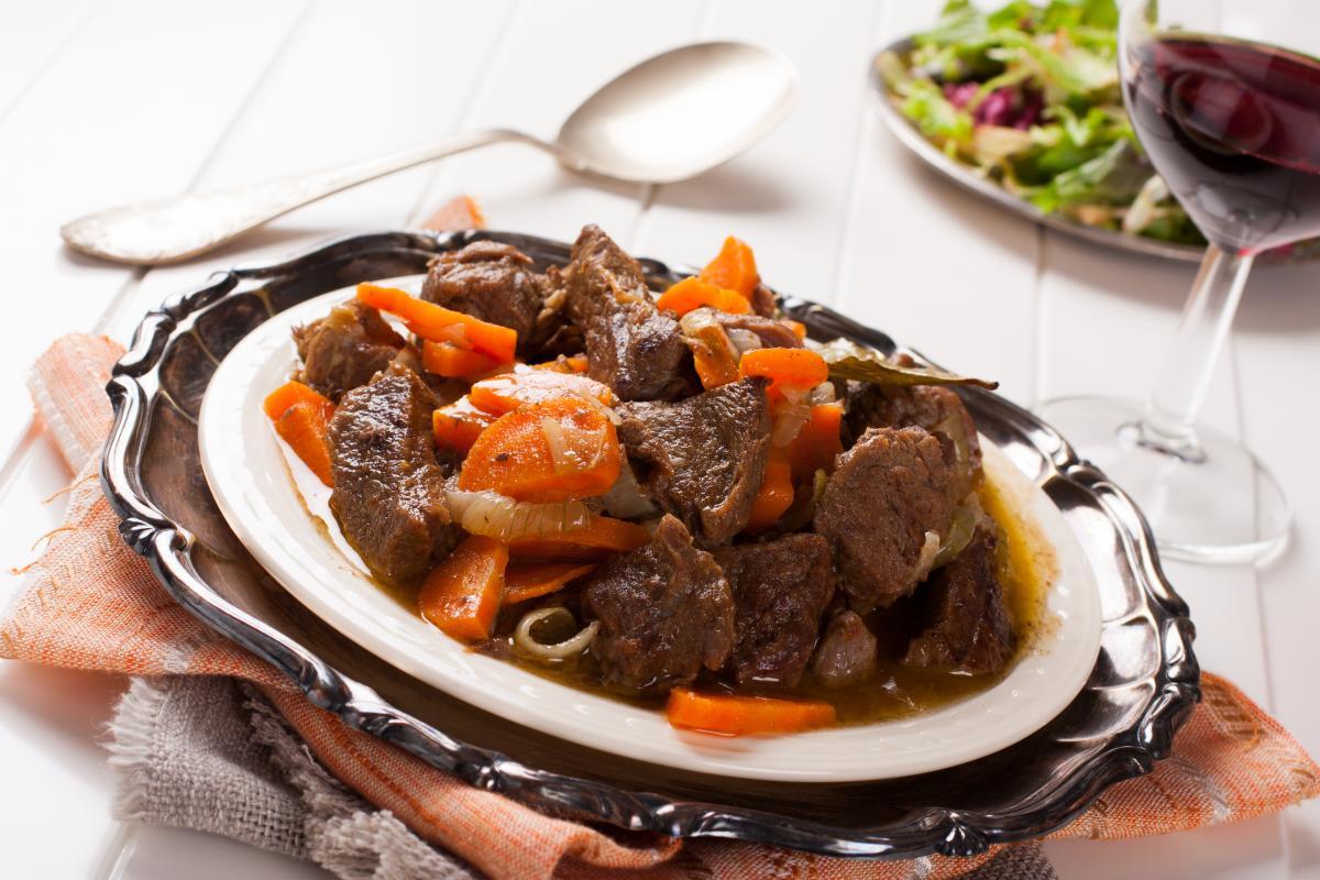 Как приготовить мясо в мультиварке / фото ua.depositphotos.com