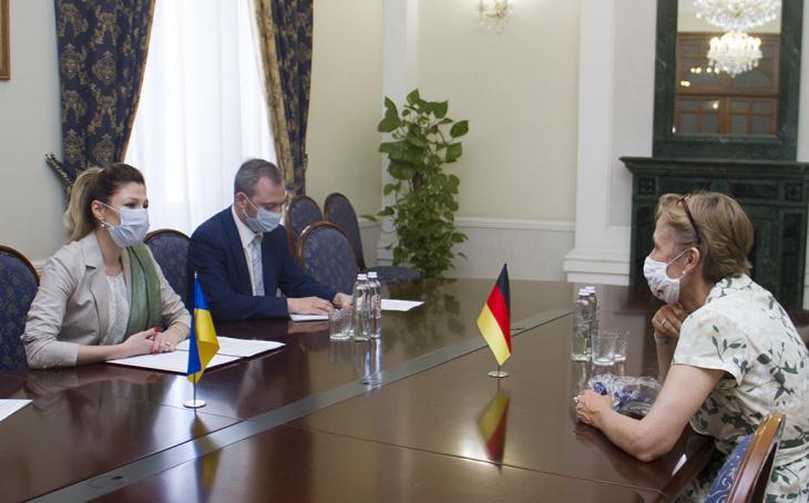 Украина призвала Германию противодействовать милитаризации оккупированного Крыма / фото mfa.gov.ua