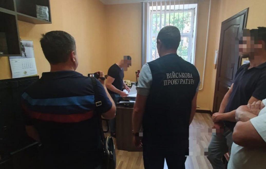 Викрито злочинне угруповання під проводом підполковника СБУ/ Офіс генерального прокурора