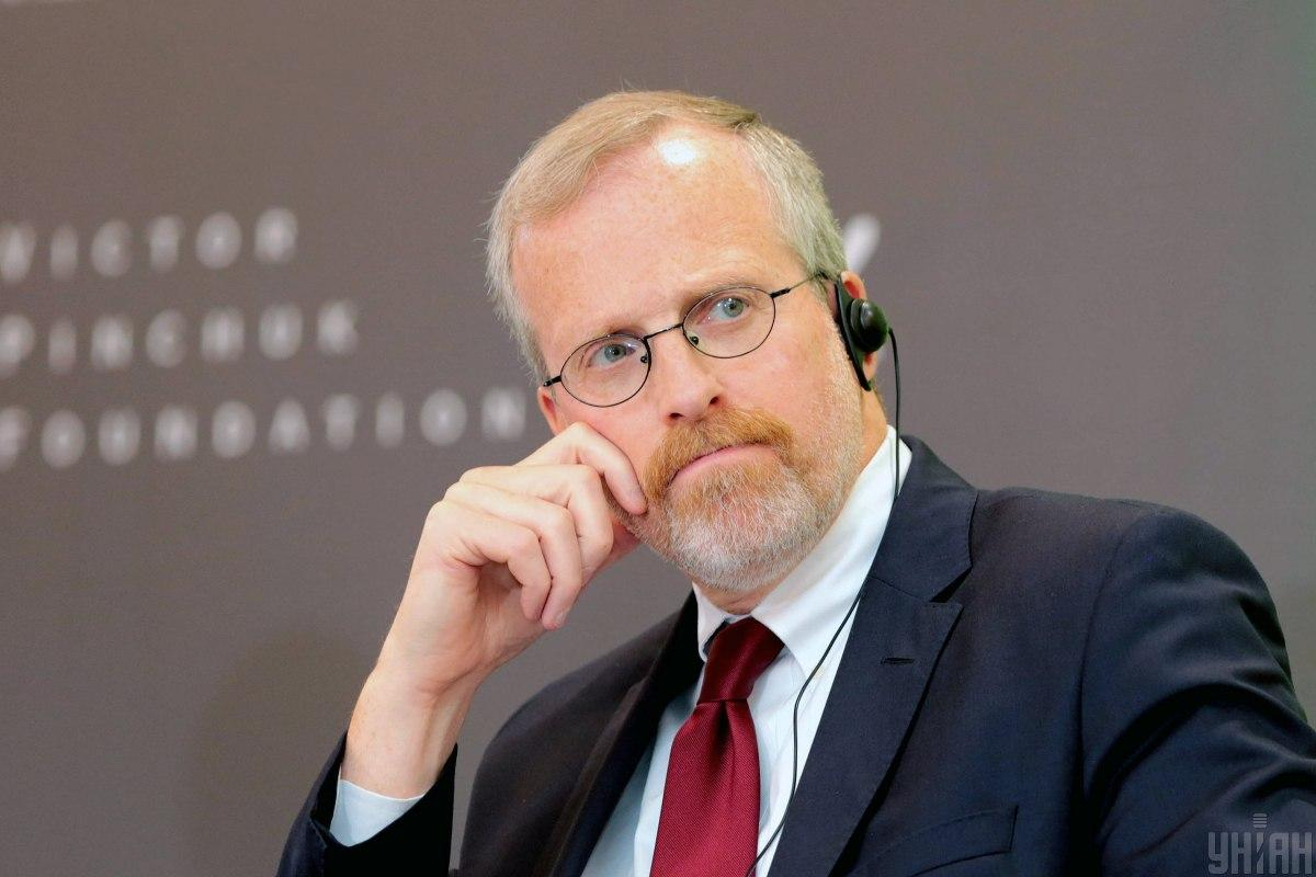США нужно быть осторожными, критикуя другие страны за атаки на СМИ, считает Дэвид Крамер / фото УНИАН