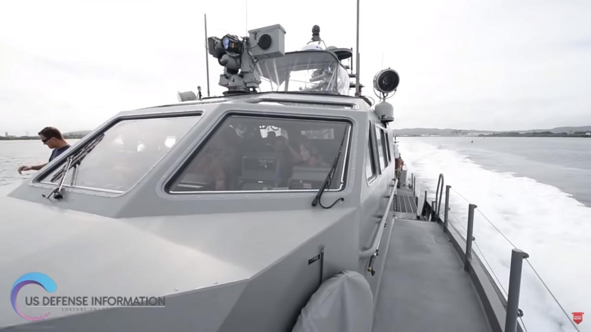 На катереустановленытактические ракеты и противоминный комплекс / скриншот из видео