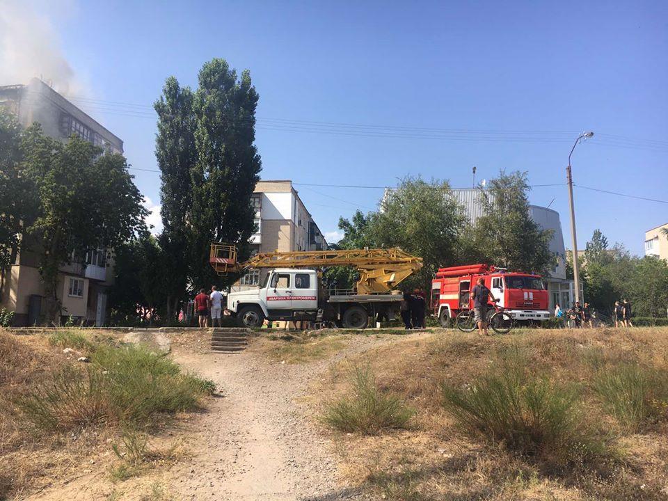 Пожар в Новой Каховке / фото facebook.com/MNSKHERSON