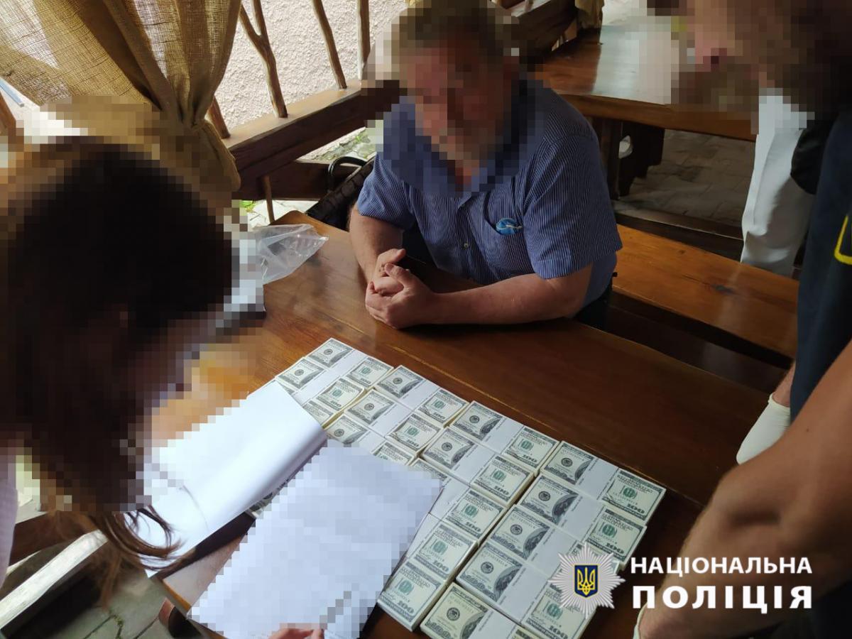 На Волині чоловік за $200 тисяч обіцяв посаду в Кабміні / фото facebook.com/DSI.police.ukraine