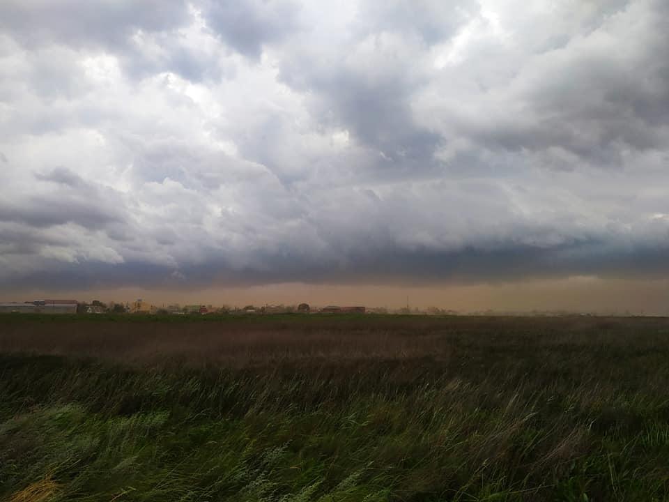 Под Одессой пронеслась песчаная буря / facebook.com/kateryna.pieshko