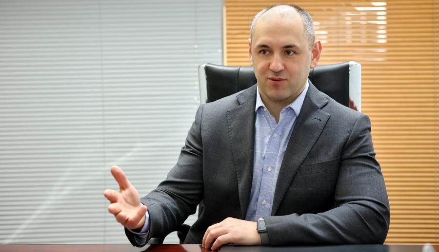 Андрій Мизовець підкреслив, що за одну й ту саму потужність ГТС постачальники заплатять двічі / фото Незнамов