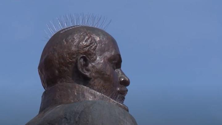Памятник Ленину в Магадане / фото vesti.ru