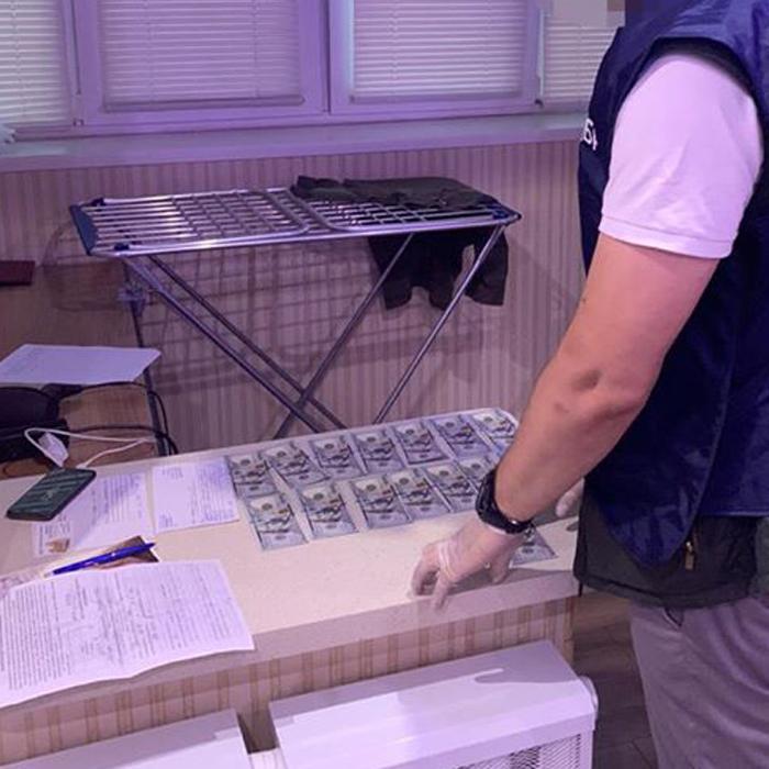 Заместителя начальника военкомата задержали на взятке / фото gp.gov.ua