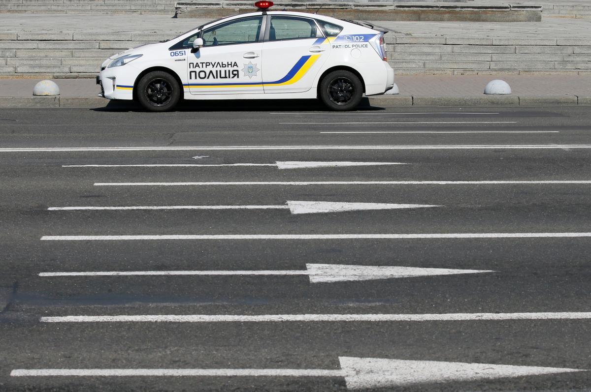 """Очевидцы сообщили, что ЧП случилось возле магазина """"АТБ"""" / фото REUTERS"""