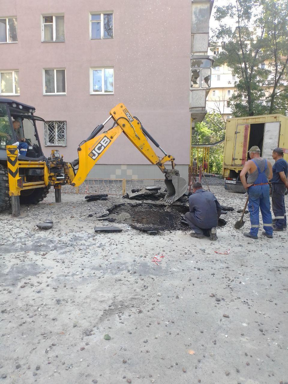 Авария на Березняках / фото УНИАН