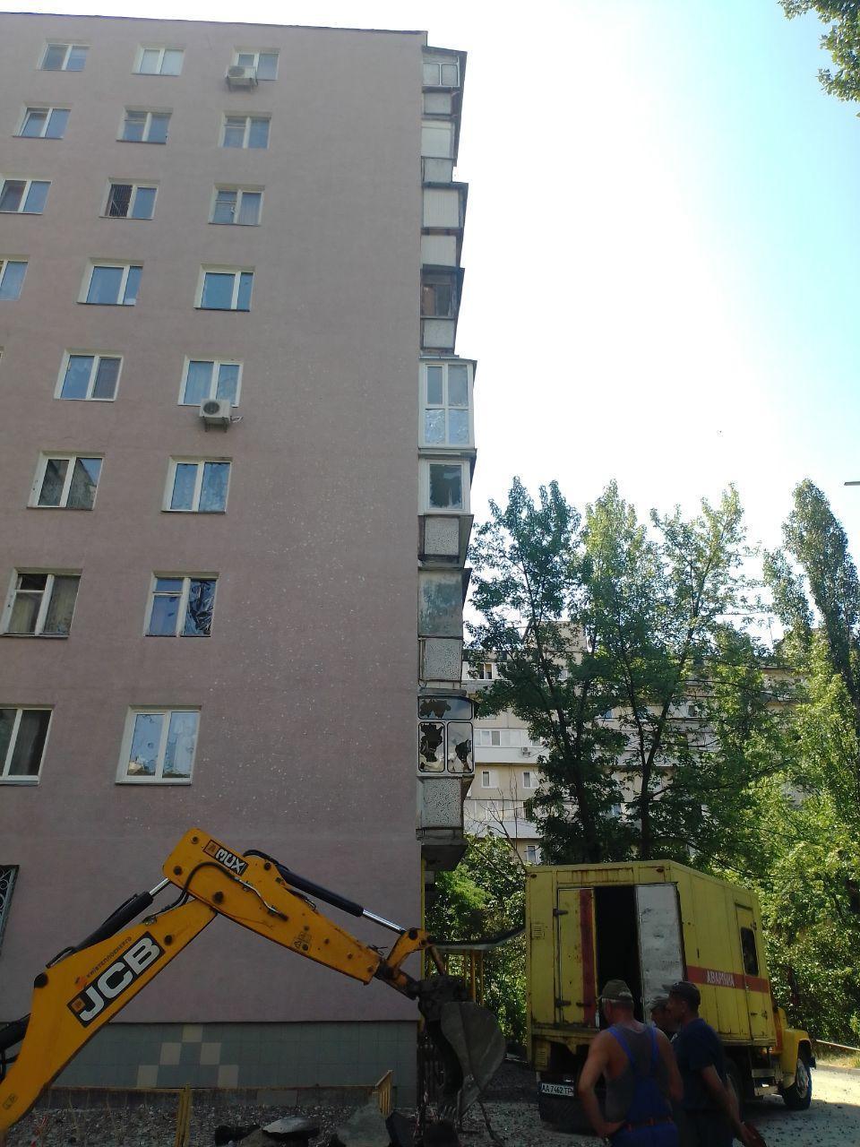 Последствия аварии на Березняках/ фото УНИАН