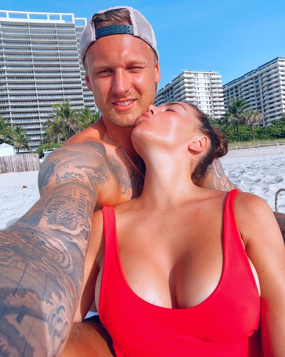 Седокова с возлюбленным Тиммой / фото instagram.com/annasedokova