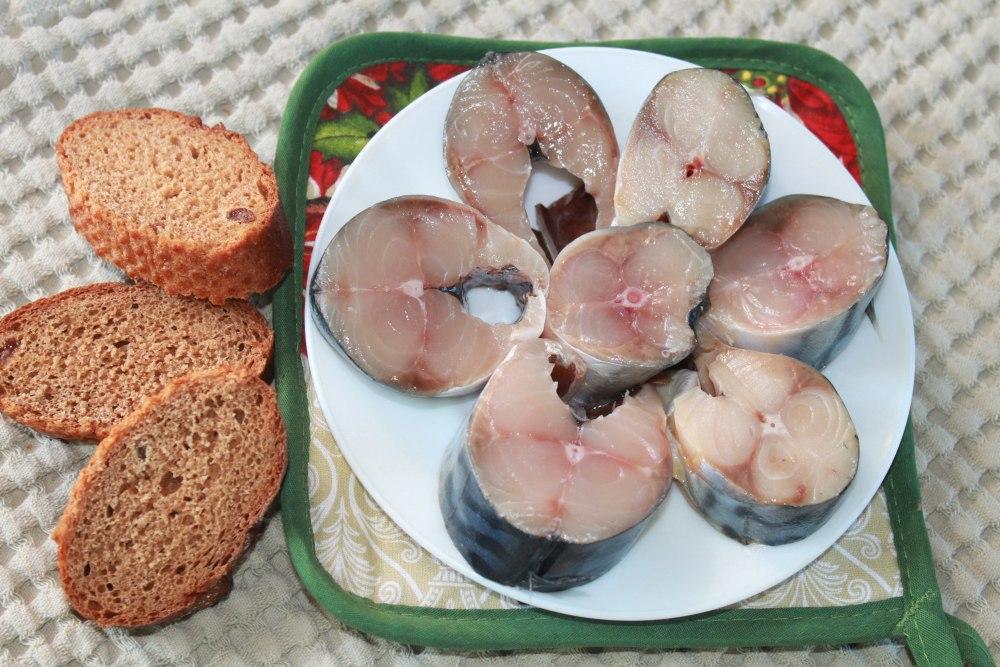 Засолка скумбрии - рецепт / фото dom-eda.com