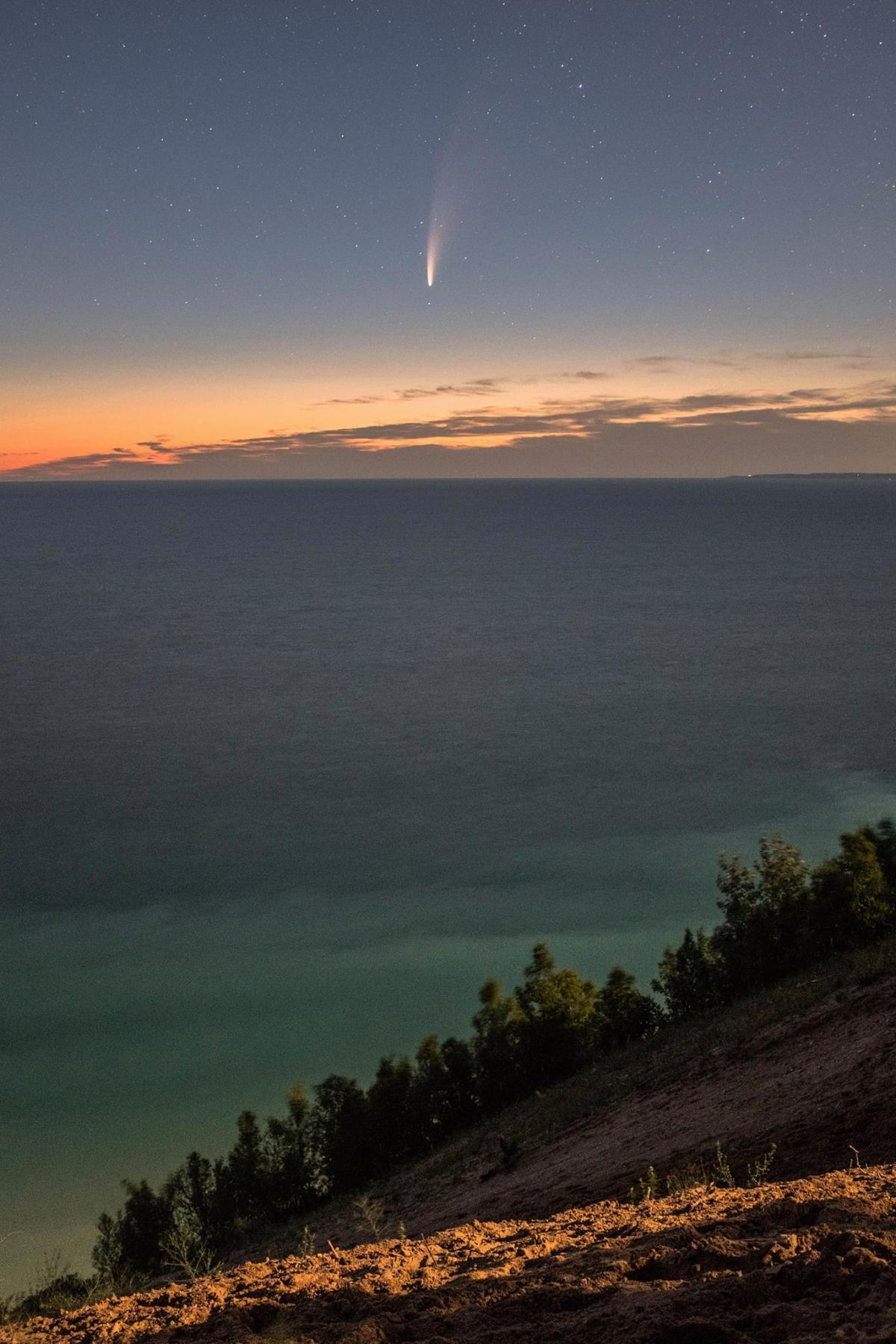 Комета C/2020 F3 / фото Jeffrey Glikman, Facebook
