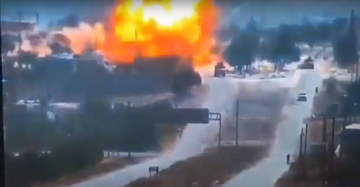 Троє російських військовослужбовців нібито отримали легкі поранення / скріншот з відео