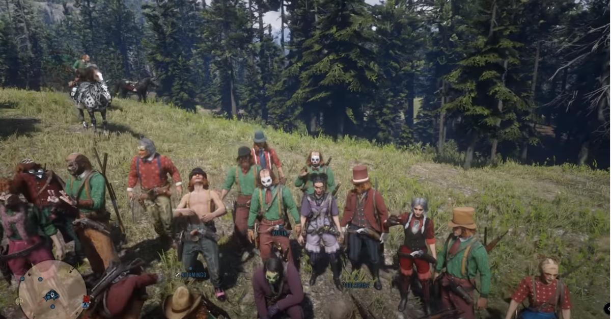 Игроки в Red Dead Online переоделись в клоунов / скриншот