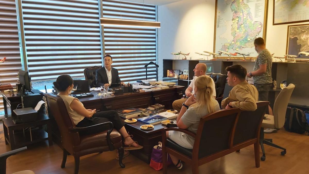 Hamdi Güvenç tells Ukrainian journalists that his country is looking forward to tourists from Ukraine