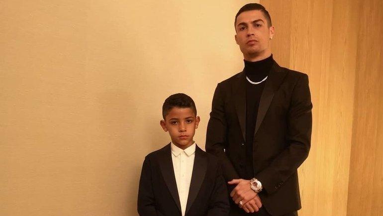 Кріштіану Роналду загрожує штраф через відпочинок сина / фото instagram.com/cristiano