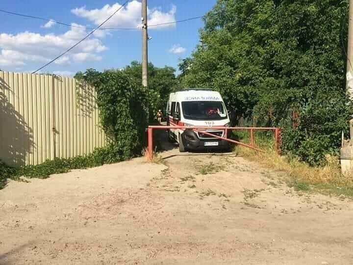 Медики не встигли надати допомогу чоловікові / facebook.com/dtp.kiev.ua