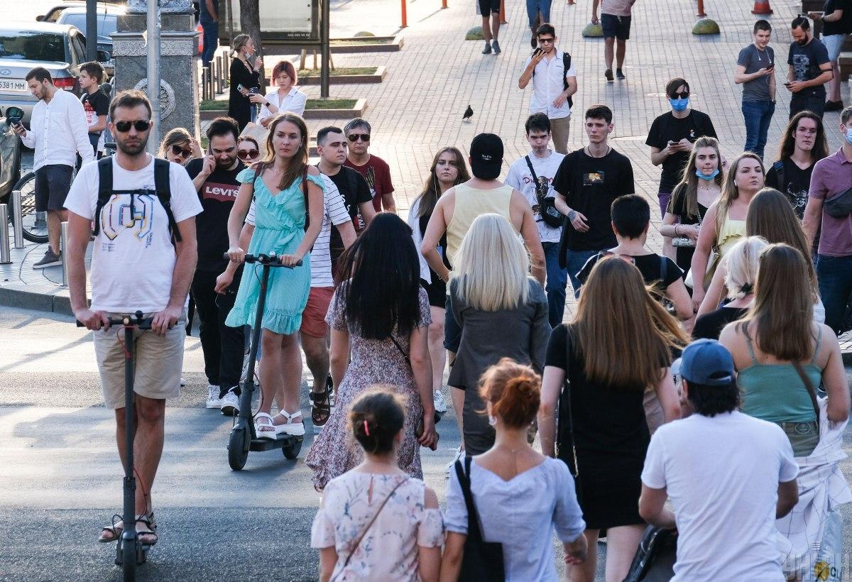 Адаптивный карантин в Украине планируют продлить / фото УНИАН