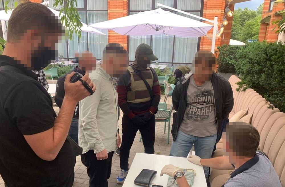 "Фігурантазатримали ""на гарячому"" / фото ssu.gov.ua"