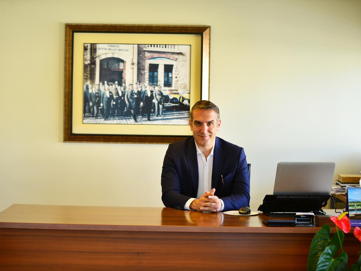 Управляющий Hilton Dalaman Sarıgerme Resort & Spa Тунч Батум и его команда проделали все возможное, чтоб постояльцы были недосягаемы для вирусов