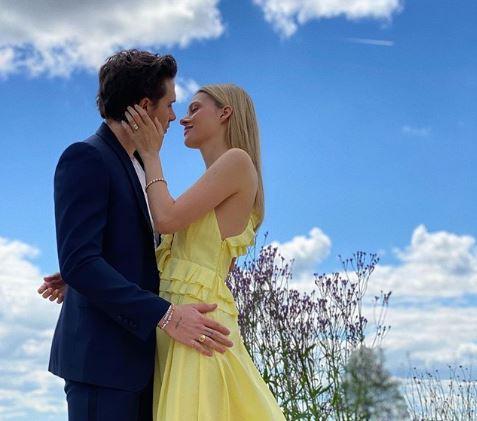 Бруклин Бекхэм сделал предложение своей возлюбленной Николе Пельтц / Фото instagram.com/brooklynbeckham/