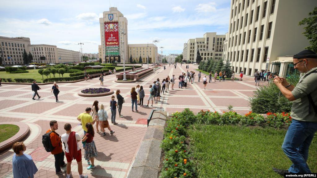 Людей призывали присоединиться в ролинаблюдателей на выборах президента / radiosvoboda.org