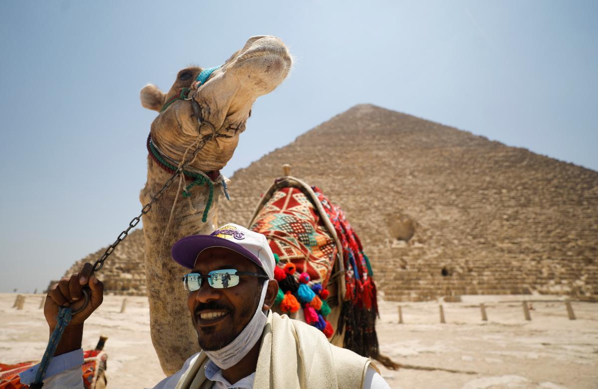 В Египте снова откроют пирамиды для туристов / Иллюстрация REUTERS