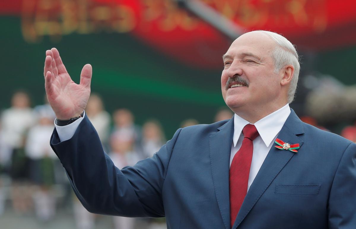 """Олександр Лукашенко назвав демократію і вибори """"підлістю"""" / REUTERS"""