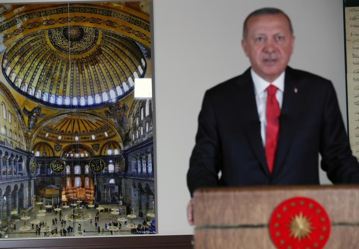 10 липня президент Туреччини Ердоган виступив з телевізійним зверненням з приводу рішення щодо Собору / REUTERS