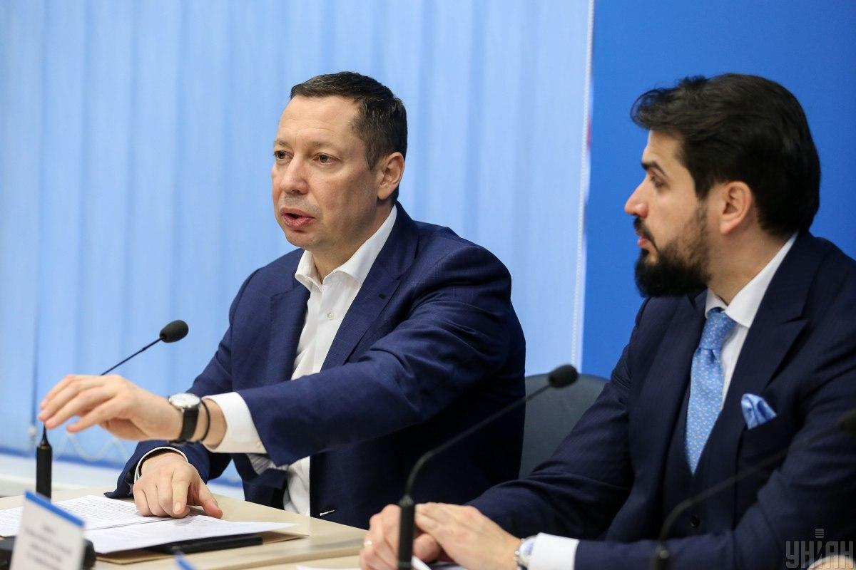 Kyrylo Shevchenko (left) is the Central Bank's new head / Photo from UNIAN