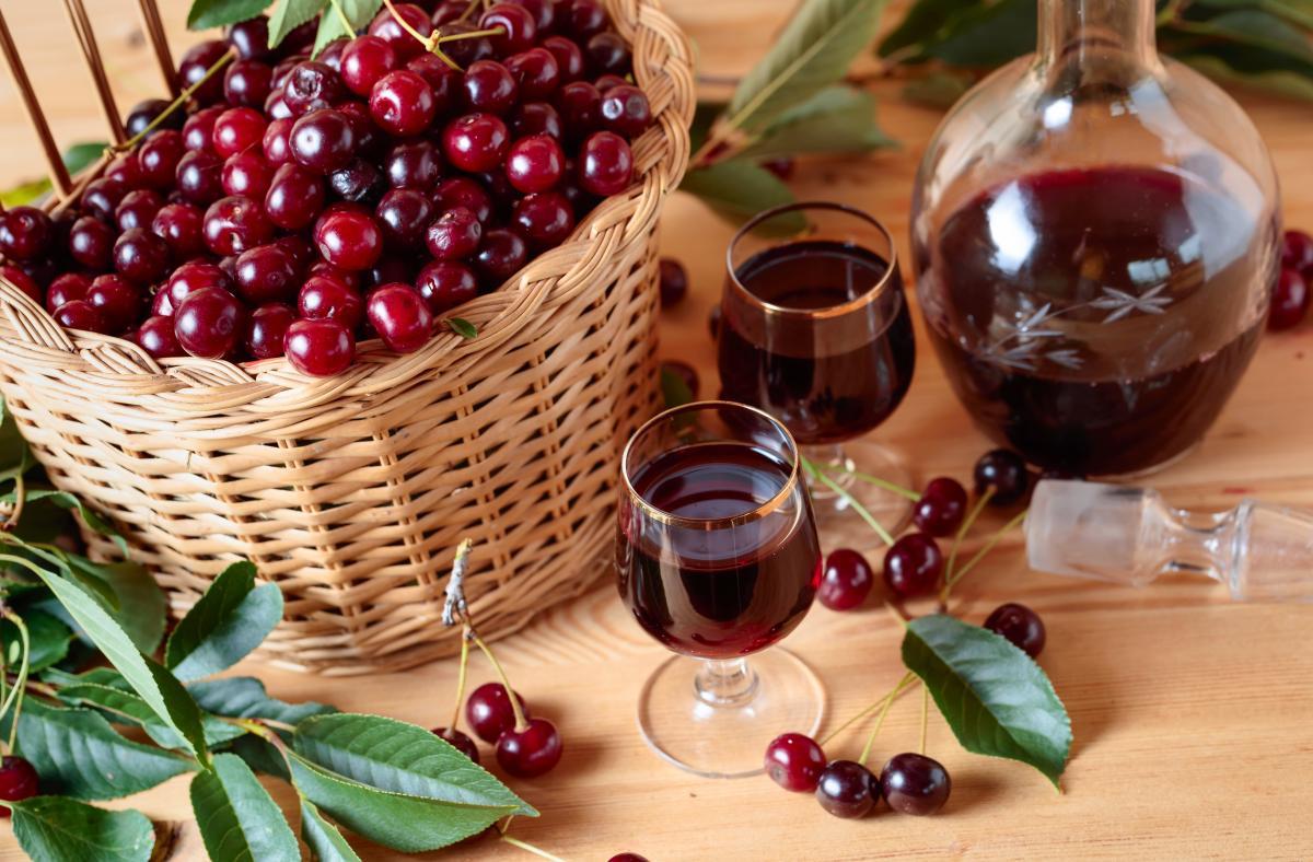Рецепт вишневой наливки / фото ua.depositphotos.com