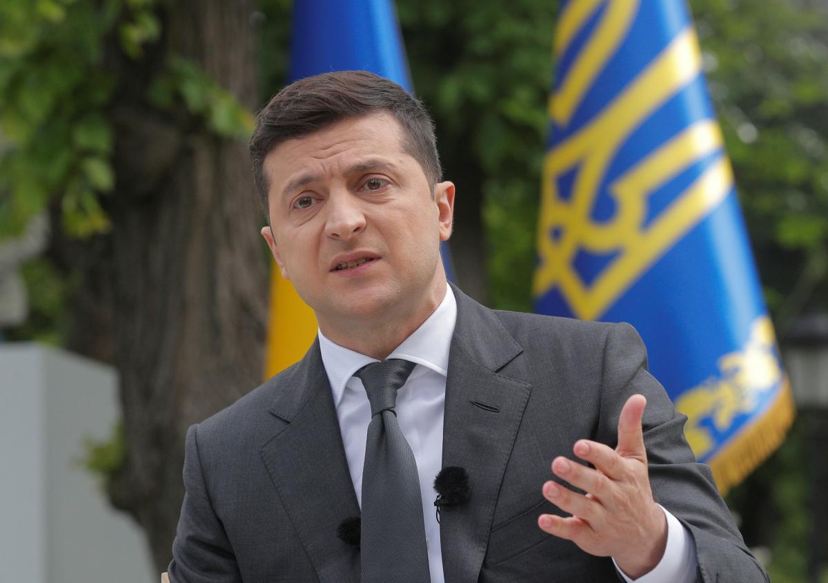 Зеленский сегодня отправится на восток Украины /REUTERS