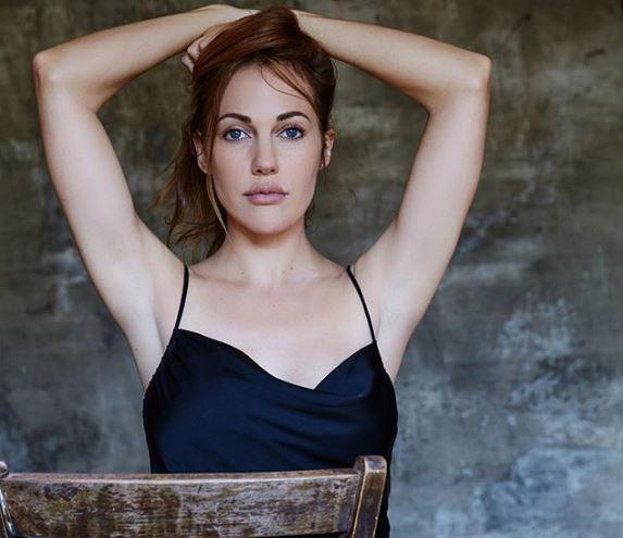 Актриса поделилась с поклонниками новыми фото \ instagram.com/meryemuzerlimeryem